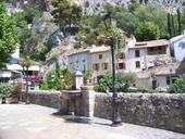 place-moustiers.jpg